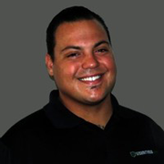headshot of Daniel Hernandez